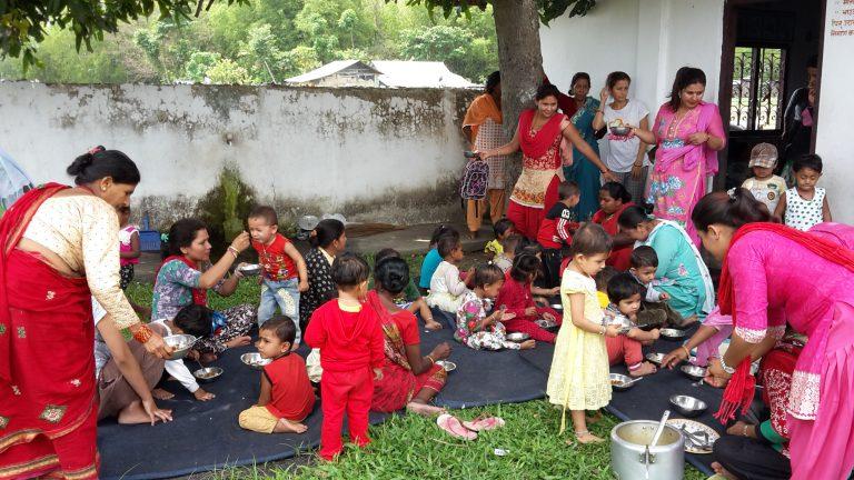 Mittagessen im Kindergarten