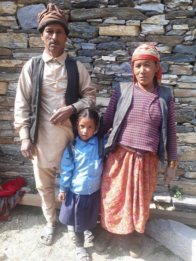 2018-BAJ-0010_Puja_Kathayat_Family