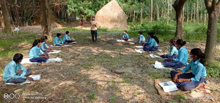 2021-06-02 Open Air Learning During 2nd Lockdown in Sarlahi 01