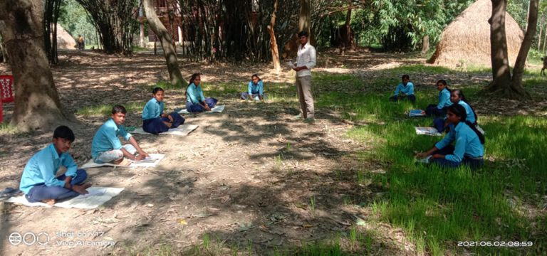 2021-06-02 Open Air Learning During 2nd Lockdown in Sarlahi 02